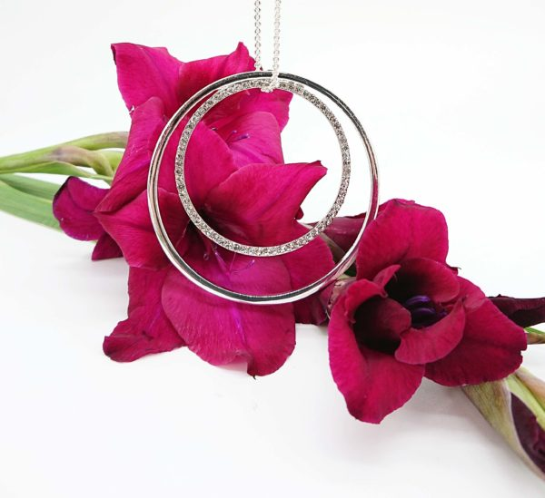 Silver 2 rings and diamnate ring necklace 2018 with flowers