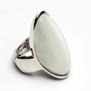 Dreamer White Ring