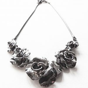Floral Roses Necklace